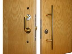 Sliding Door Accessible Toilet Lock Brass 163 365 40